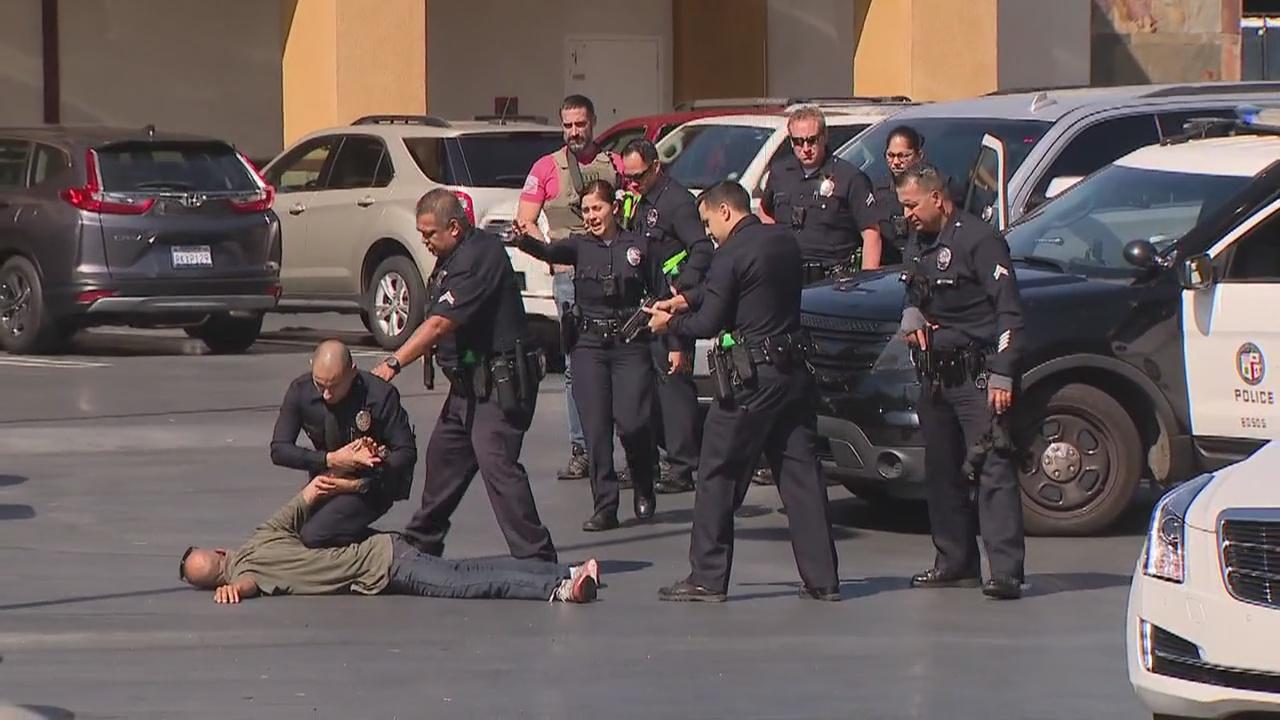LAPD, FBI capture man suspected of fatally stabbing roommate at Starbucks in Studio City