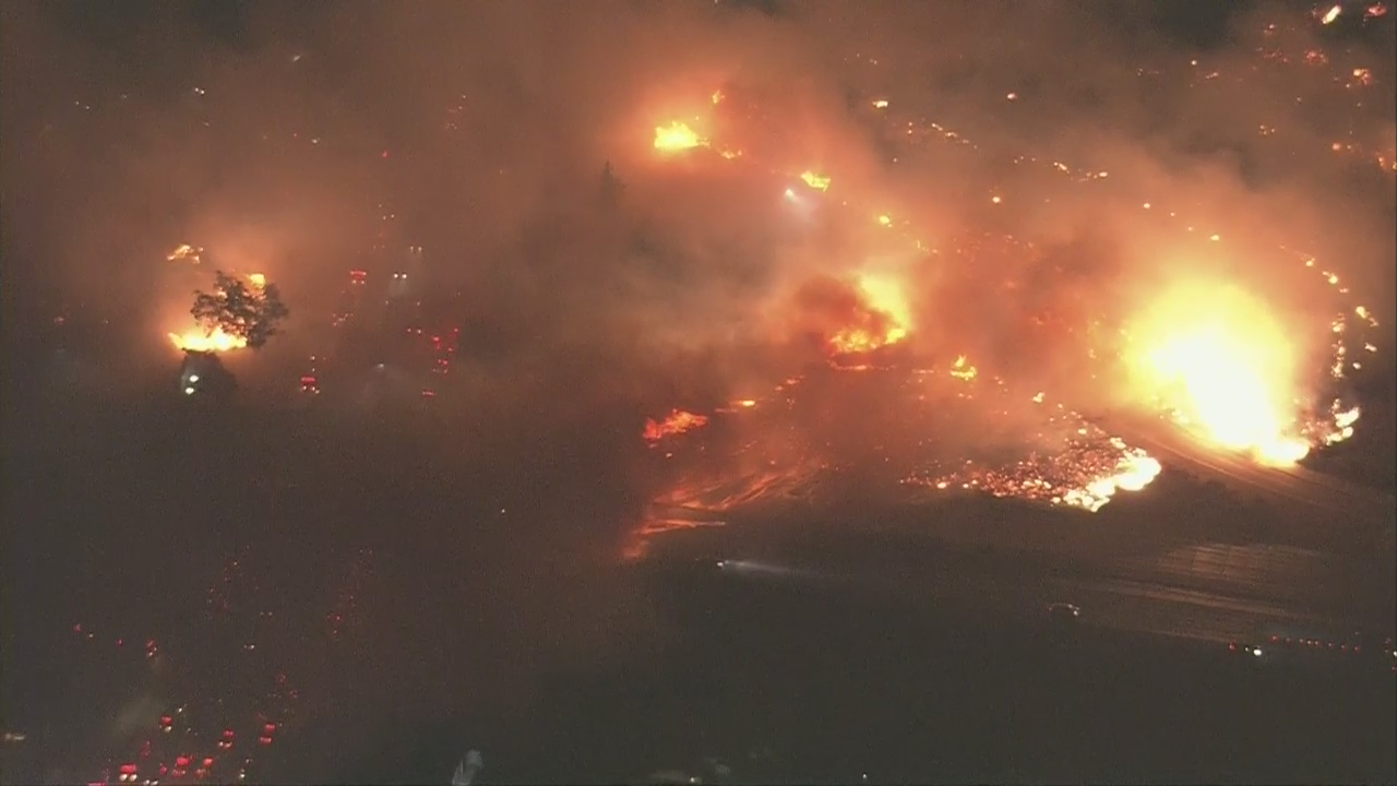 Fire erupts in Sylmar impacting 210 Freeway as evacuations are underway